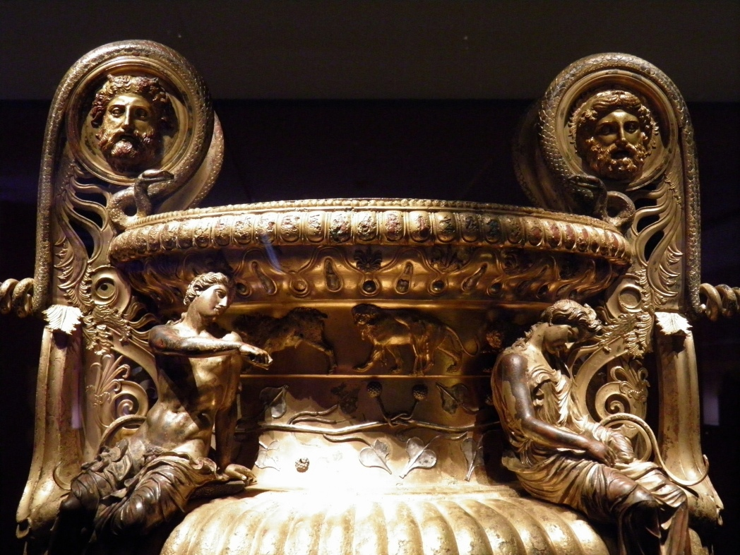 Detail of fourth century BC krater, Archaeological Museum of Thessaloniki